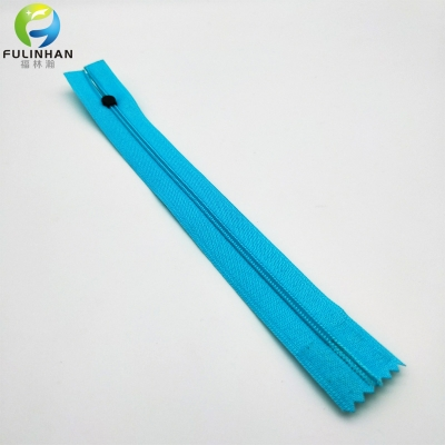 Waterproof Plastic Nylon Zippers for Garment